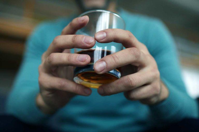 Стадии алкоголизма признаки этапы лечения