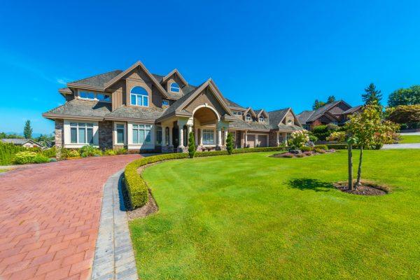 houses_mansion_design_474993-3849440473 (1)